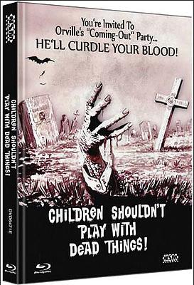 Einfach und sicher online bestellen: Children Shouldn't Play With Dead Things Cover E in Österreich kaufen.