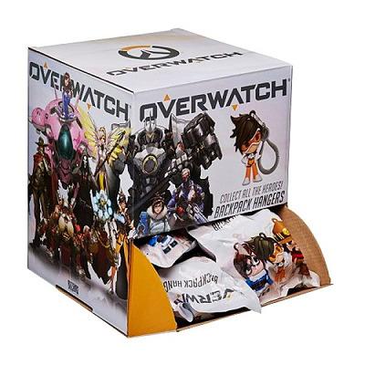 Einfach und sicher online bestellen: Overwatch Backpack Hangers Mystery Pack (Display) in Österreich kaufen.