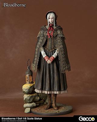 Einfach und sicher online bestellen: Bloodborne Statue Doll in Österreich kaufen.