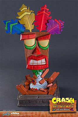 Einfach und sicher online bestellen: Crash Bandicoot Aku Aku Maske in Österreich kaufen.