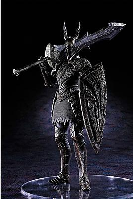 Einfach und sicher online bestellen: Dark Souls Statue Black Knight in Österreich kaufen.