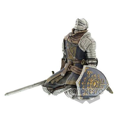 Einfach und sicher online bestellen: Dark Souls Statue Oscar Knight of Astora Vol. 4 in Österreich kaufen.