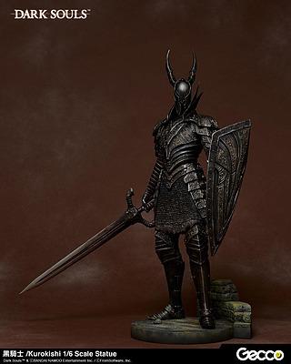 Einfach und sicher online bestellen: Dark Souls Statue 1/6 Kurokishi The Black Knight in Österreich kaufen.