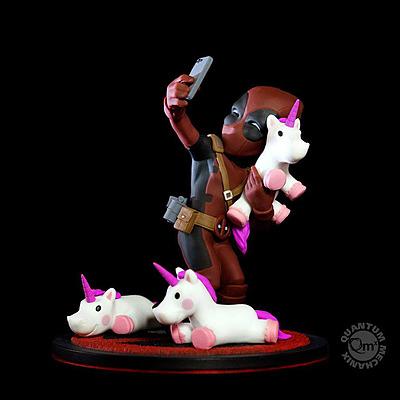 Einfach und sicher online bestellen: Marvel Diorama Deadpool #unicornselfie in Österreich kaufen.