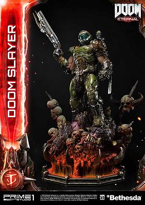 Einfach und sicher online bestellen: DOOM Eternal Statue Doom Slayer in Österreich kaufen.