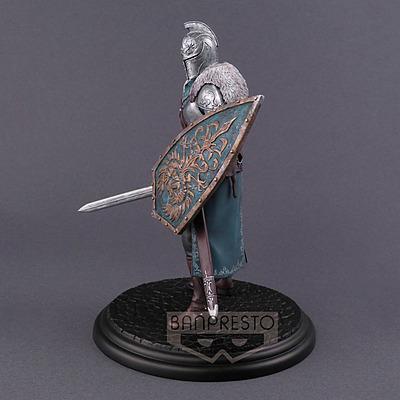 Einfach und sicher online bestellen: Dark Souls 2 Figur Faraam Knight in Österreich kaufen.