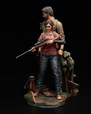 Einfach und sicher online bestellen: The Last of Us Statue 1/9 Joel & Ellie in Österreich kaufen.