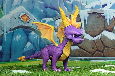Einfach und sicher online bestellen: Spyro the Dragon Actionfigur in Österreich kaufen.