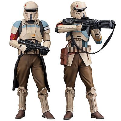 Einfach und sicher online bestellen: Star Wars Statuen-Doppelpack Scarif Stormtrooper in Österreich kaufen.