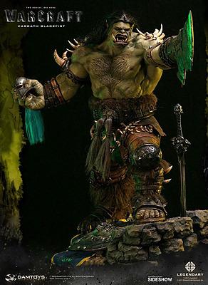 Einfach und sicher online bestellen: World of Warcraft Premium Statue Kargath Bladefist in Österreich kaufen.