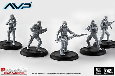 Einfach und sicher online bestellen: Alien vs. Predator Wayland Yutani Commandos in Österreich kaufen.