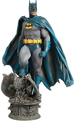 Einfach und sicher online bestellen: DC Comics Premium Format Figur 1/4 Batman in Österreich kaufen.