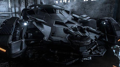 Einfach und sicher online bestellen: Batman V Superman Diecast Modell New Batmobile in Österreich kaufen.