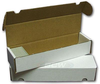 Einfach und sicher online bestellen: BCW Pappkarton für 800 Karten in Österreich kaufen.